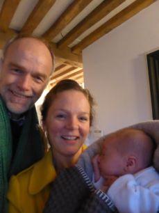 Olivier met co-assistente Duliette Boon en dokter Burggraaff