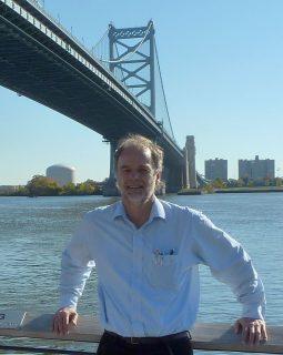 Hans Burggraaff op bezoek in Philadelphia op een congres van de AAFP