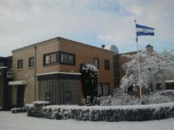 Huisartspraktijk Burggraaff in de sneeuw 6